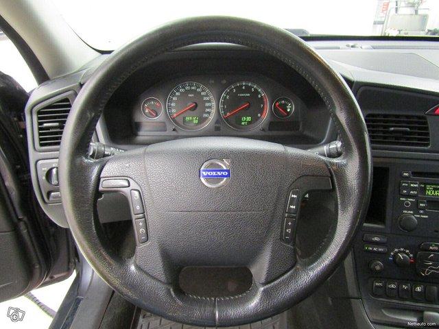 Volvo V70 10