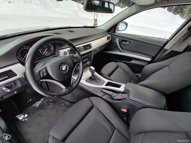 BMW 320 22