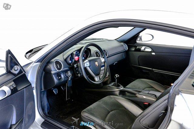 Porsche Cayman 9