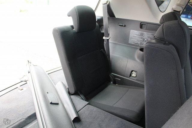 Toyota VERSO 15