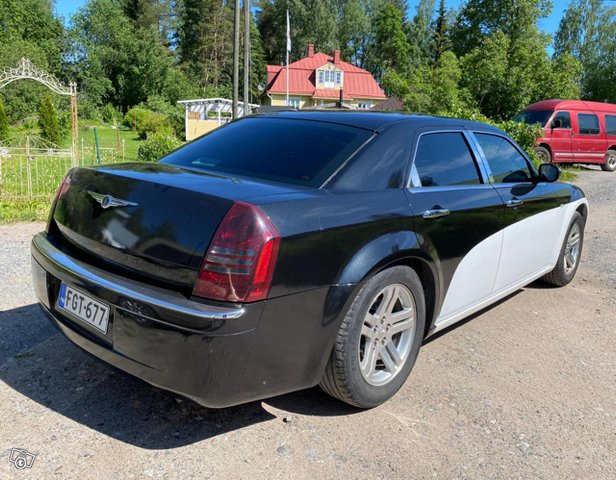 Chrysler 300C 6