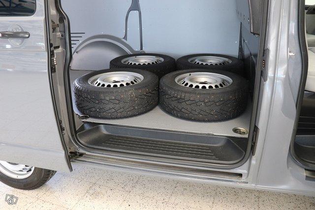 Volkswagen Transporter 23