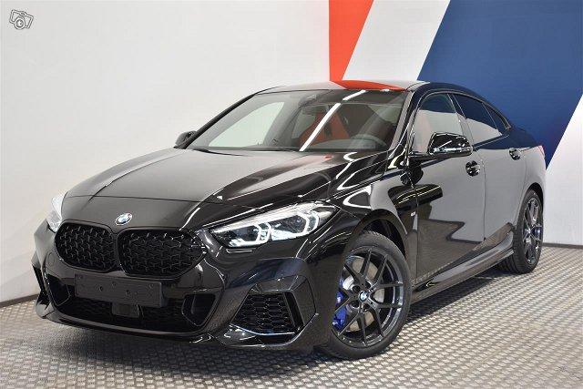 BMW 235 1