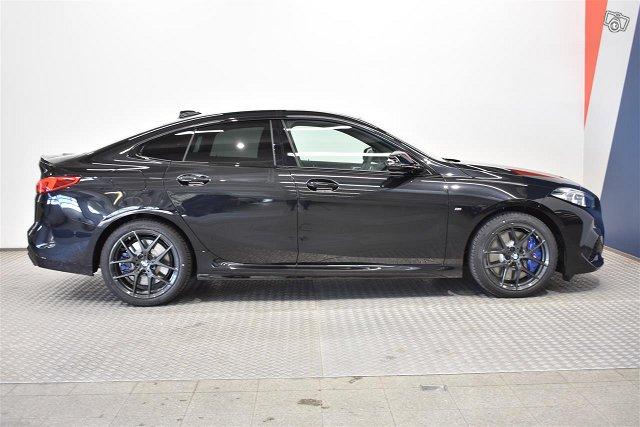 BMW 235 15