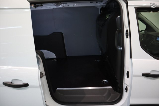 Ford Transit Connect 11