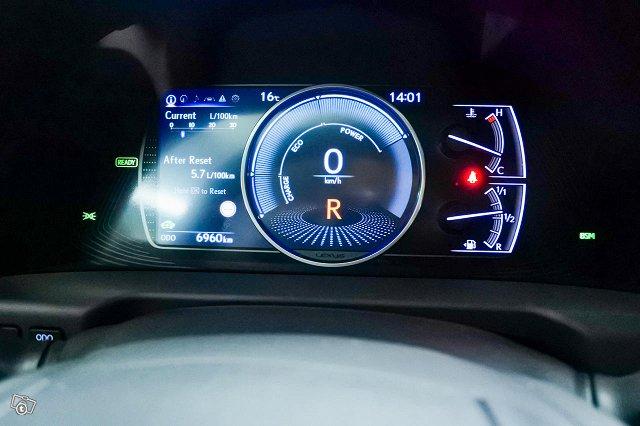 Lexus ES 17