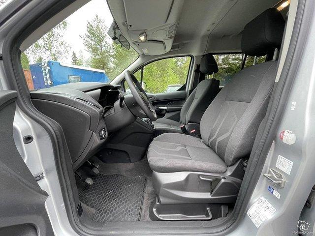 Ford Grand Tourneo Connect 10