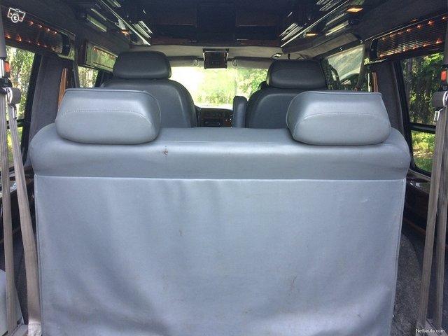 Chevrolet Astro 11
