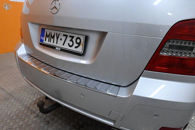 Mercedes-Benz GLK 9