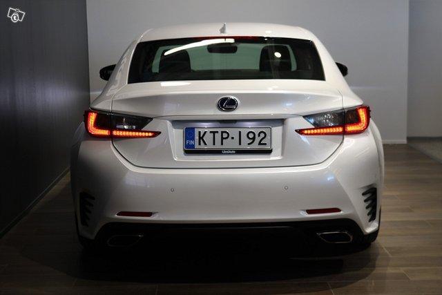 Lexus RC 5