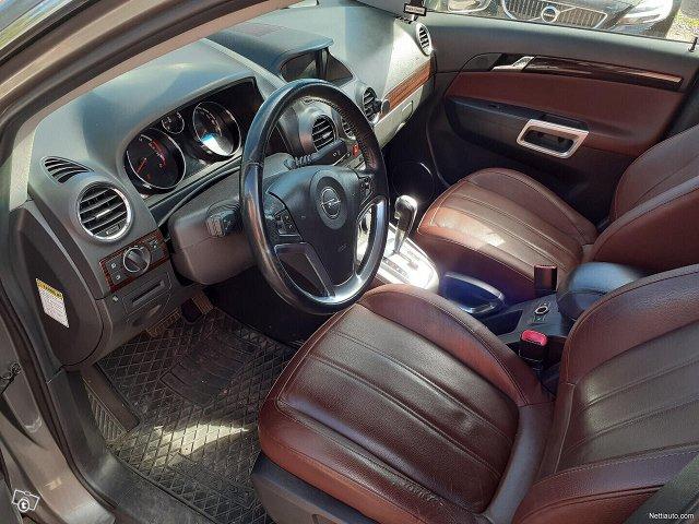 Opel Antara 9