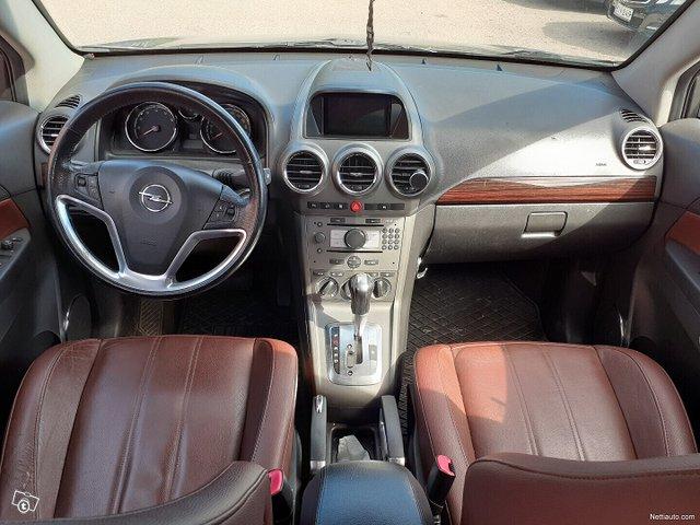 Opel Antara 12
