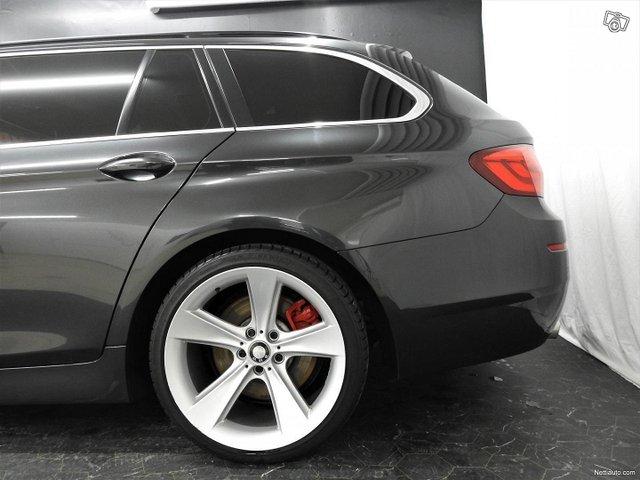 BMW 535 24
