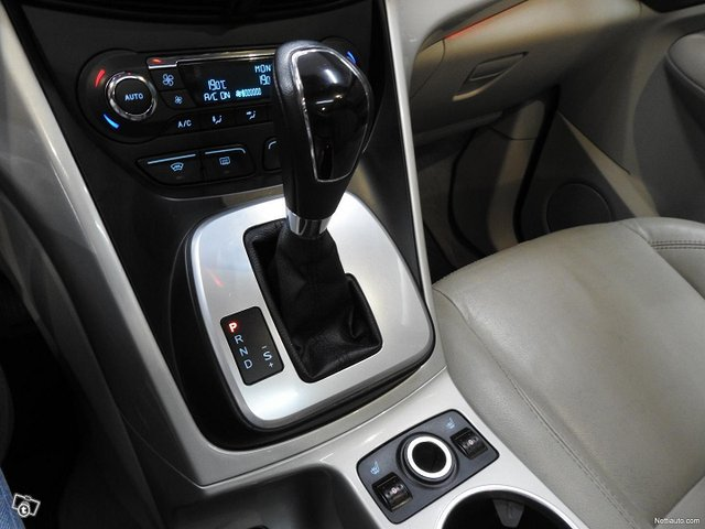 Ford C-MAX Grand 12