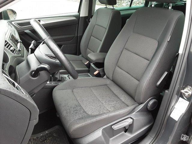Volkswagen Golf Sportsvan 13