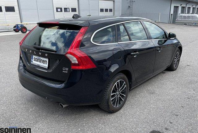 Volvo V60 3