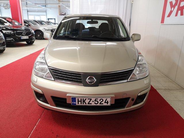 Nissan Tiida 8