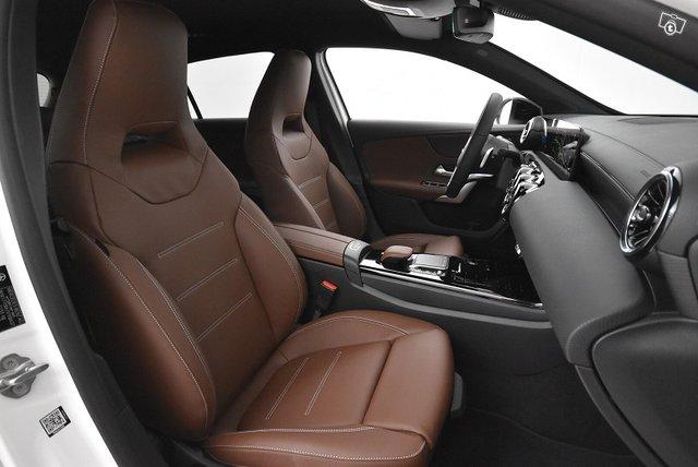 Mercedes-Benz A 10