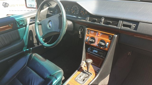 Mercedes-Benz CE 10