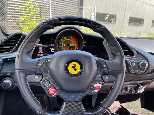 Ferrari 488 15