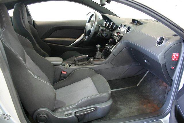 Peugeot RCZ 5