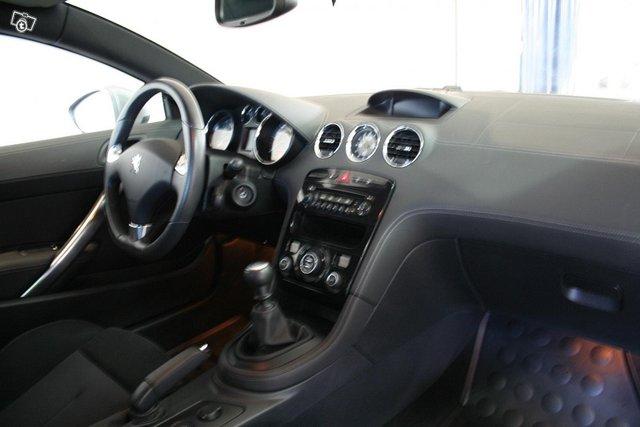 Peugeot RCZ 6