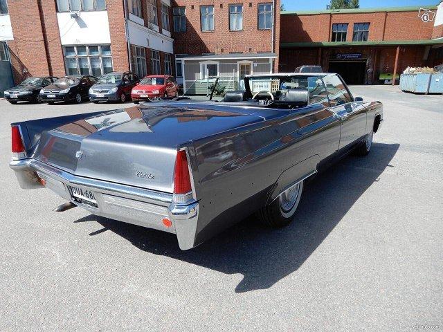 Cadillac De Ville 5