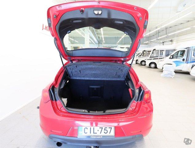 Alfa Romeo Giulietta 11