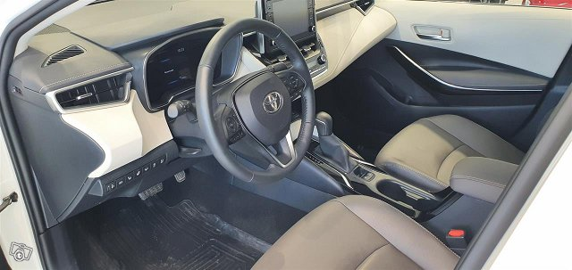 Toyota Corolla 10