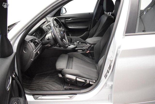 BMW 120 8