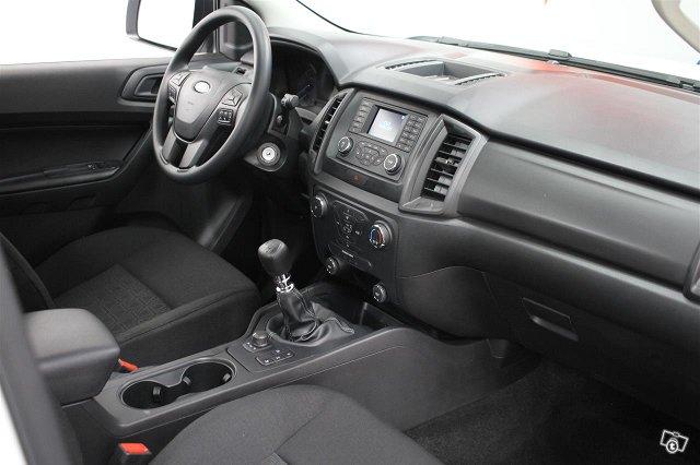 Ford Ranger 25