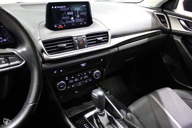 MAZDA Mazda3 7