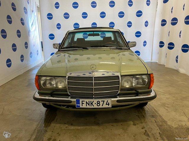 Mercedes-Benz CE 2