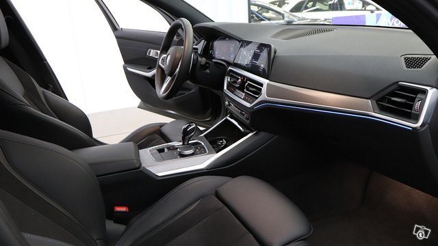 BMW 330 15