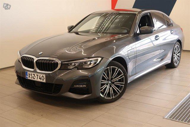BMW 330, kuva 1