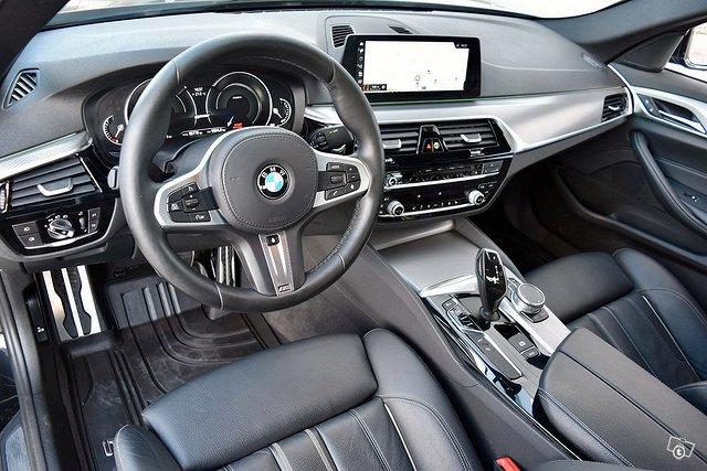 BMW 530e 4