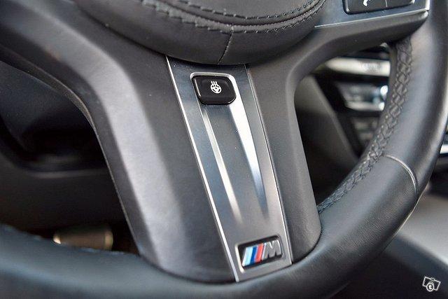 BMW 530e 7