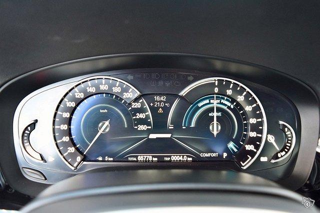 BMW 530e 13