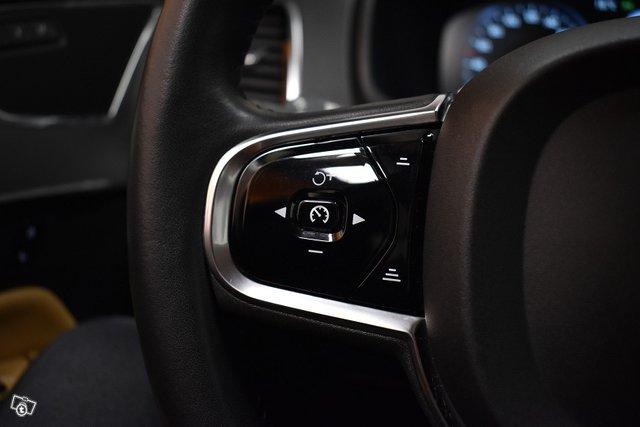 Volvo XC90 23
