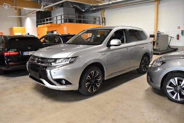Mitsubishi Outlander PHEV, kuva 1