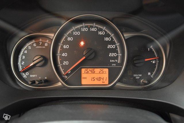 Toyota Yaris 23