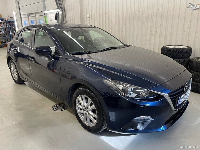 Mazda 3 2
