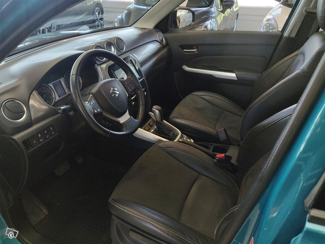 Suzuki Vitara 9