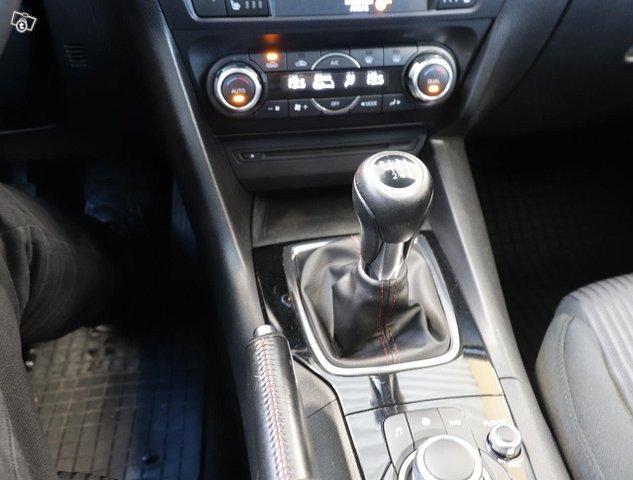 Mazda Mazda3 10