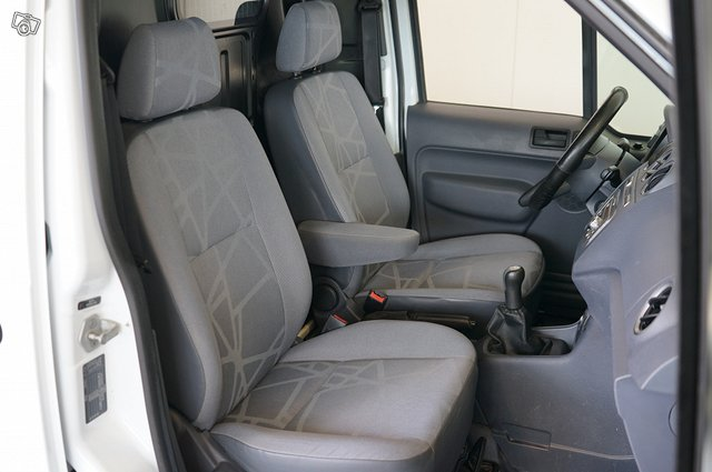Ford Transit Connect 17