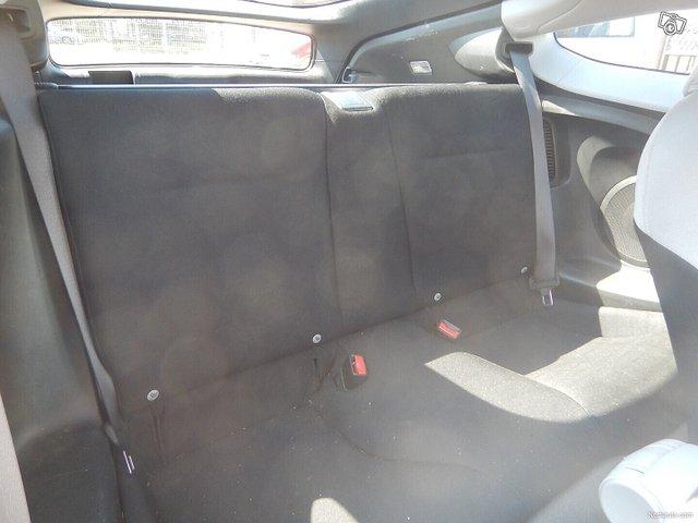 Honda CR-Z 9