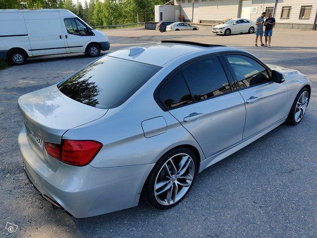 BMW 335XI 3