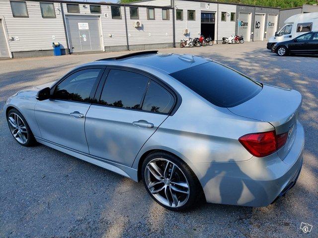 BMW 335XI 5