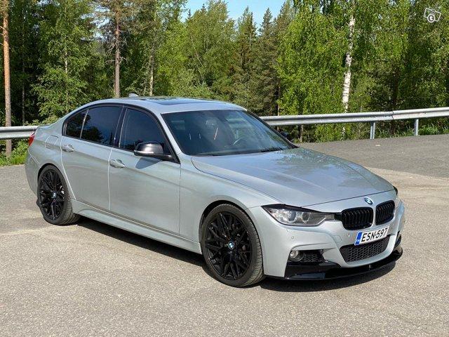 BMW 335XI 7