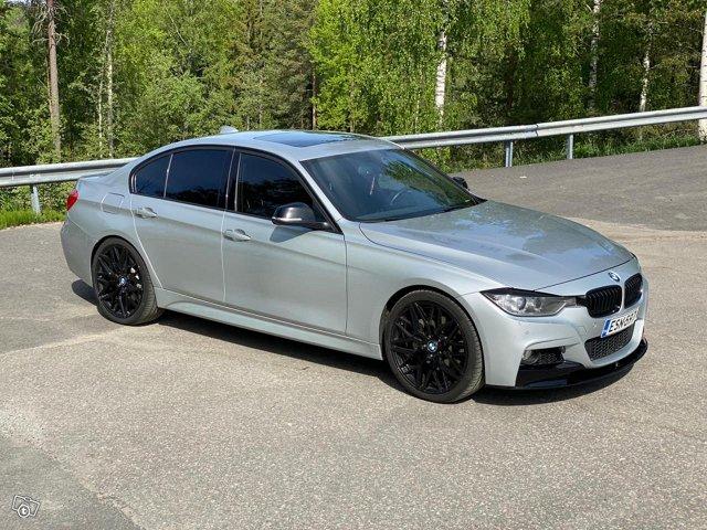 BMW 335XI 15